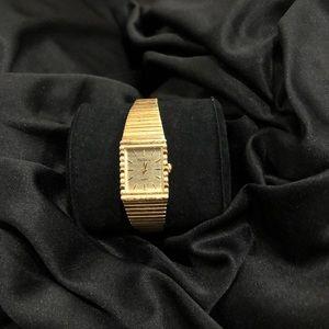 Mint Condition 14k Gold Pierre Cardin